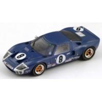 FORD GT40 LeMans'69 #8, (ab) P.Sadler / P.Vestey