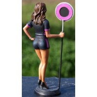 FIGURINE Grid Girl, 2010, pink