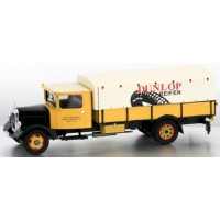 MERCEDES-BENZ Lo 2750 Pick-up with Canvas