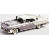 OLDSMOBILE 4-door Holiday, 1957, alcan white/rose mist poly