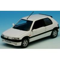 PEUGEOT 106 XSI, 1994, white