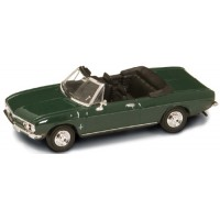 CHEVROLET Corvair Monza. 1969, green