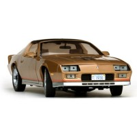 CHEVROLET Camaro, 1982, gold