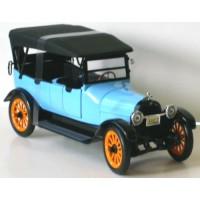 REO Touring 1917 bleu clair