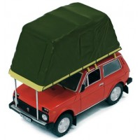 LADA Niva with roof tent, 1981, red