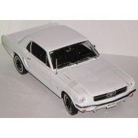 FORD Mustang Hard Top, 1964, white (limited 1002)