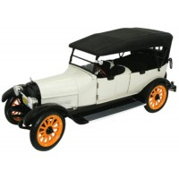 REO Touring 1917 beige