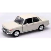 BMW 2002 Ti, cream
