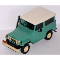 TOYOTA Land Cruiser, 1967, green/white roof (limited 1008)