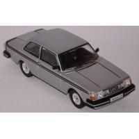 VOLVO 242 GT, 1978, silver/black stripes (limited 1008)