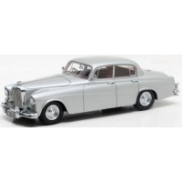 BENTLEY S2 Continental Sports Saloon Hooper, 1959, silver