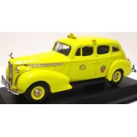 PACKARD Super Eight Sedan Taxi, 1940, yellow