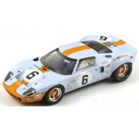 FORD GT40 LeMans'69 #6, winner Ickx / Oliver